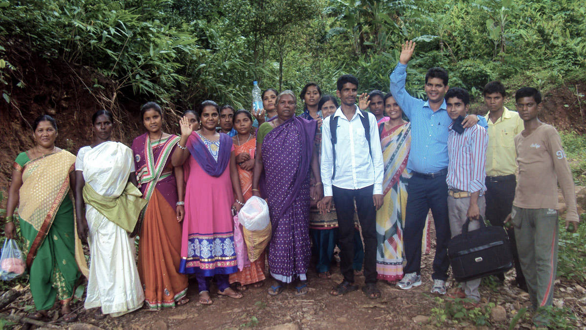 Image result for missionaries giving gifts in India picture images photos
