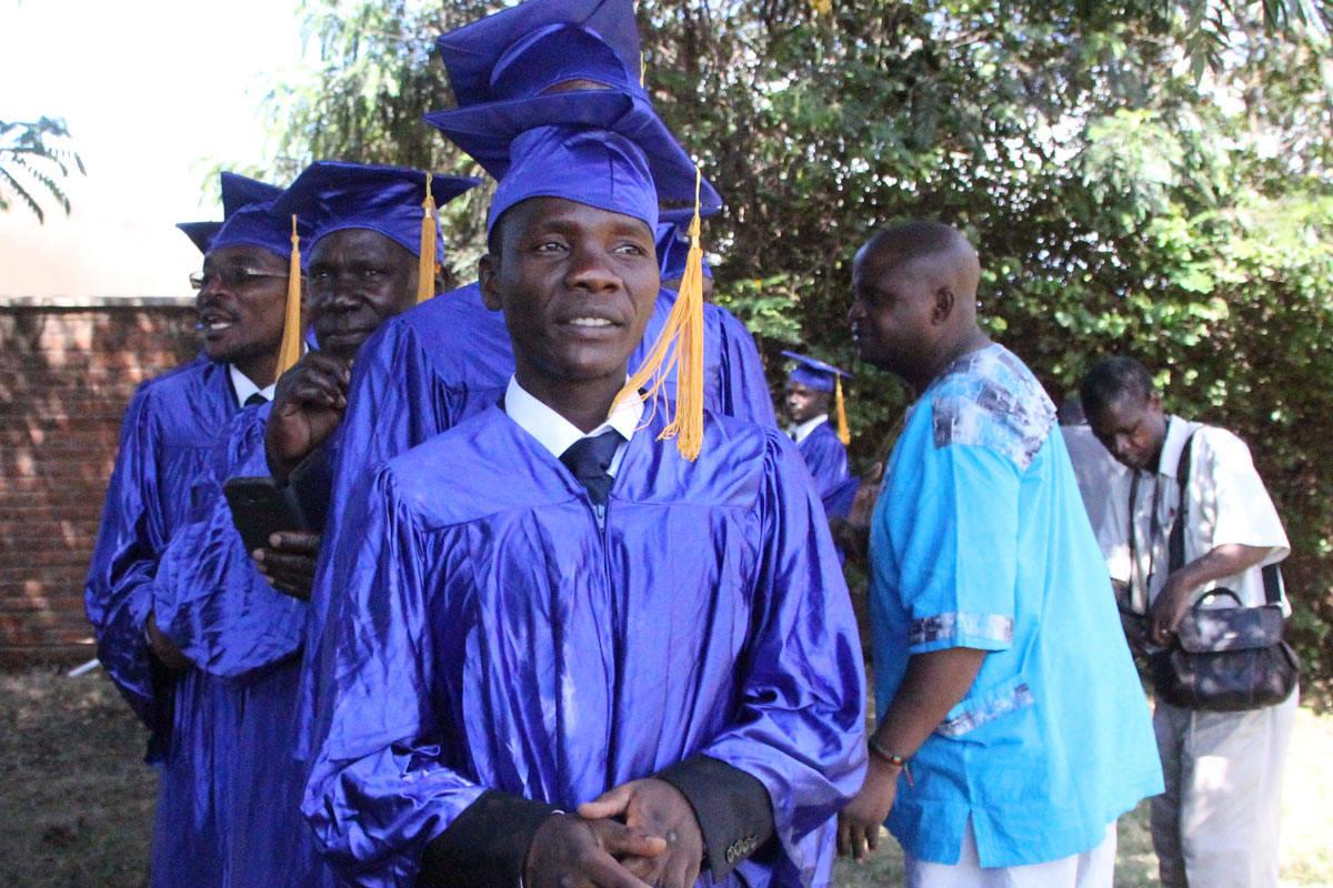 Raphel-graduate